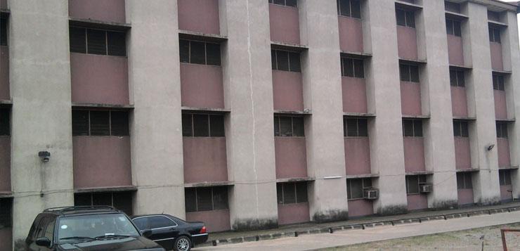 Breaking news: Gun shot at Biobaku Hall Axis